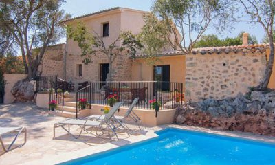 "Casas Rurales Despedidas Salou ""Genial"""